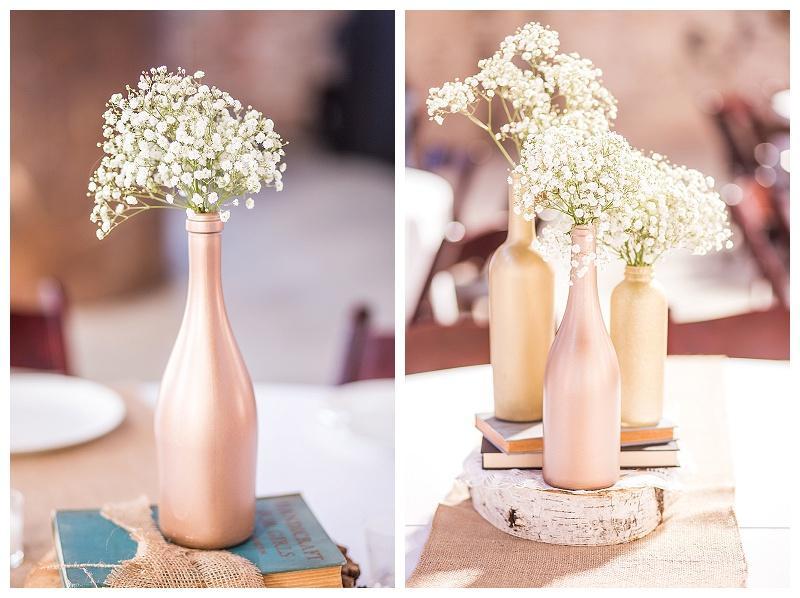 ajuste de la mesa para las fotos de la recepción de la boda