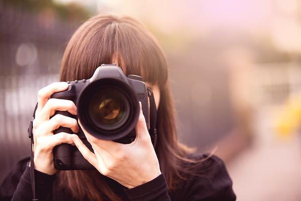 Limpiar el sensor de su cámara (y mantenerlo libre de polvo)