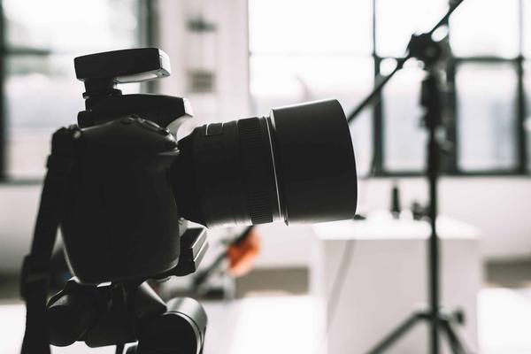 Cómo elegir una lente de cámara (¡la mejor para usted!)