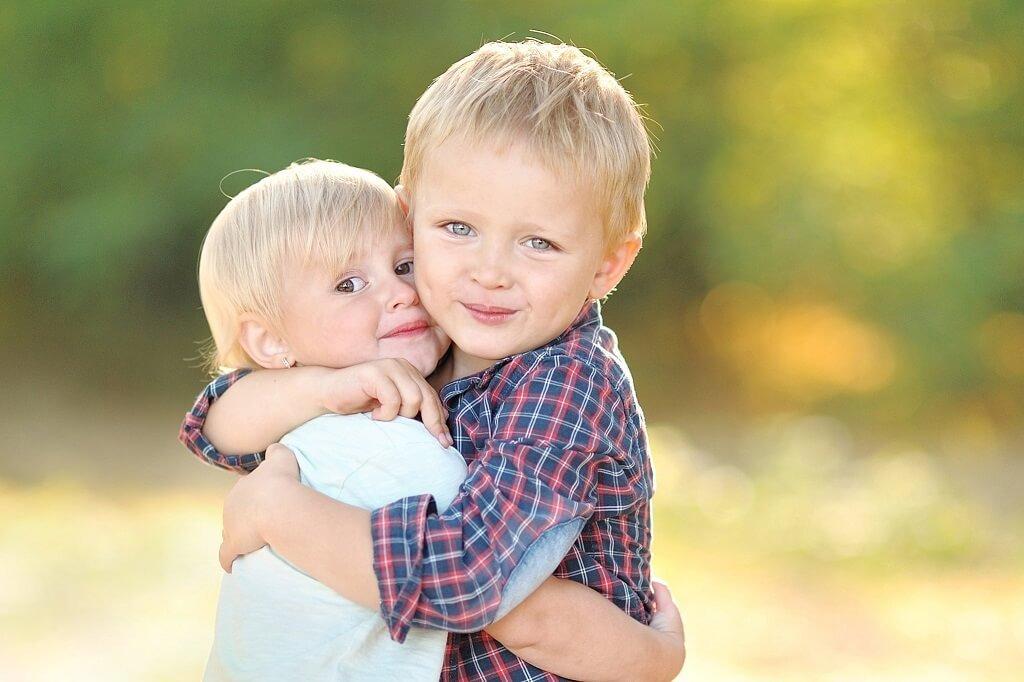 poses para niños pequeños Fotografías