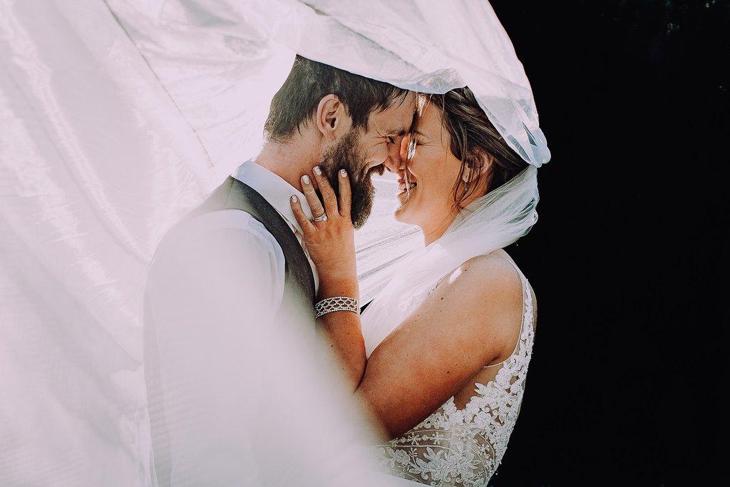 Novio y la novia de la boda