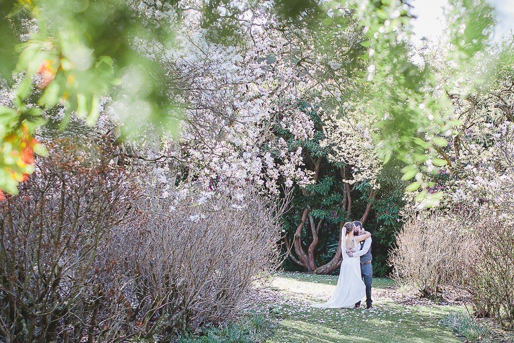 Foto de boda tomada en primavera