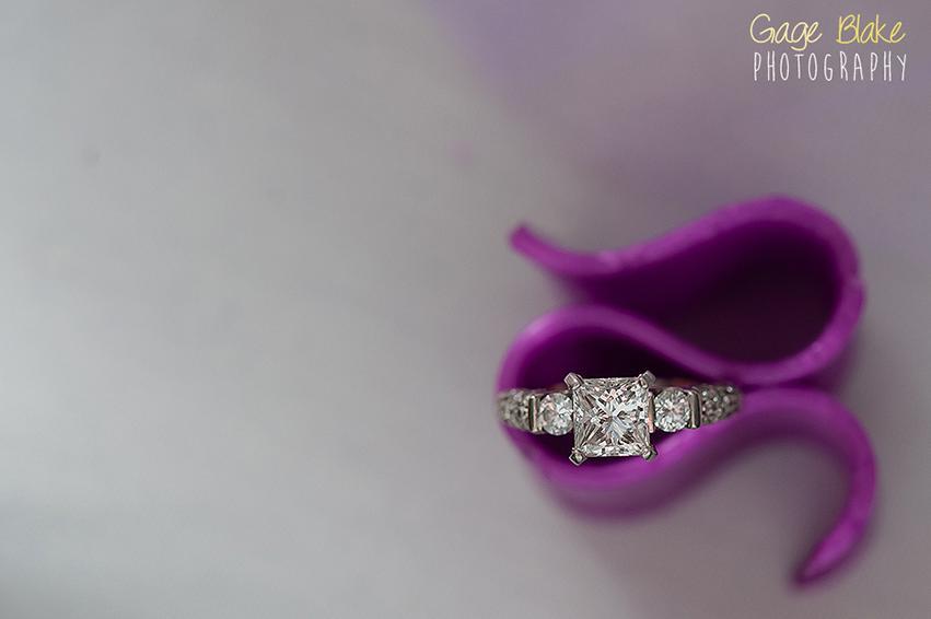 Anillo de bodas de diamantes cerrar detalle