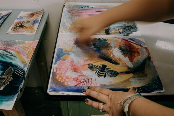 Fotografiar a un artista en su estudio