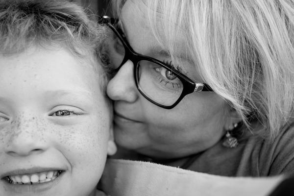 Mamá está en la imagen: Ponerse en la imagen con sus nietos