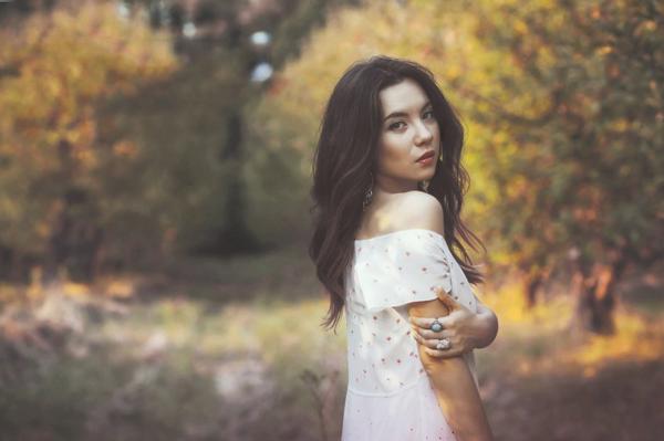 Cómo reemplazar el color en Photoshop (y hacer que los colores de otoño resalten)